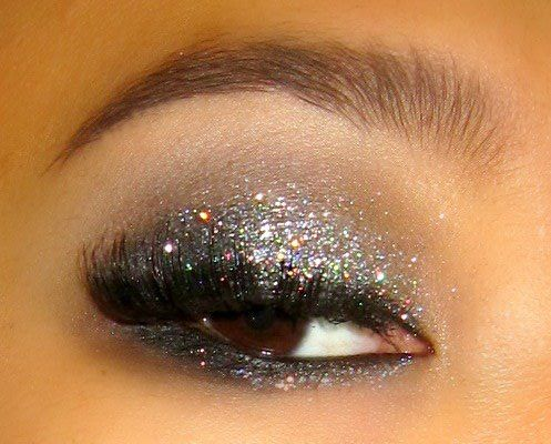 New Years Eve eyes (glitter on the top AND bottom!)