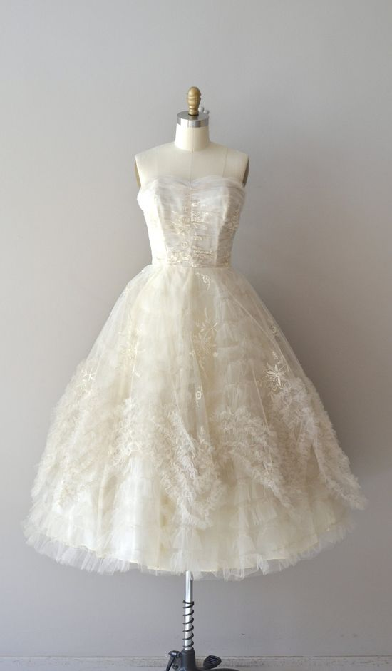 1950s wedding dress / vintage 50s dress / Snow Wonder dress.