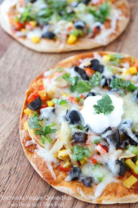 Easy Open-Faced Enchilada Veggie Quesadillas on www.twopeasandthe...