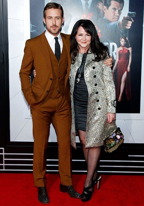 "Ryan Gosling with mom, Donna, at the LA premiere of ""Gangster Squad"". Mom Donna is wearing one of Eva Mendes' outfits!"