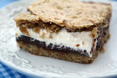 S'mores Cookie Bars...
