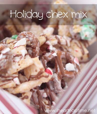 Holiday chex mix on iheartnaptime.net . This makes the perfect treat for any holiday party and also make great neighbor gifts. #christmas #desserts