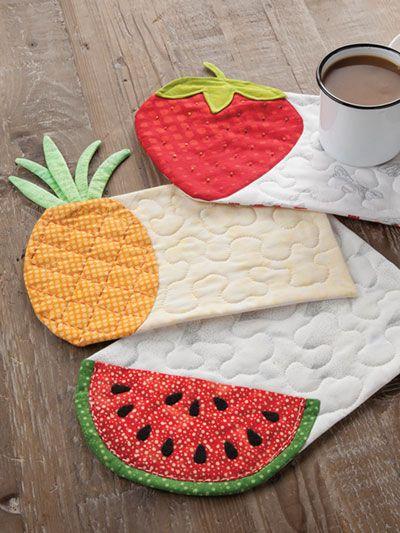 Beginner Quilt Patterns - EXCLUSIVELY ANNIE'S QUILT DESIGNS: Summer Fruits Mug Rug Pattern