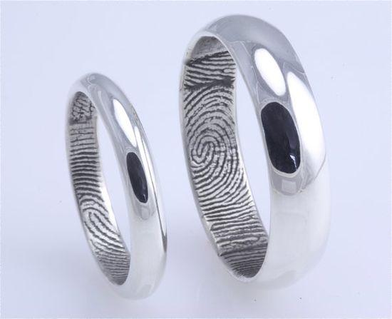 his & hers fingerprint wedding band..love it