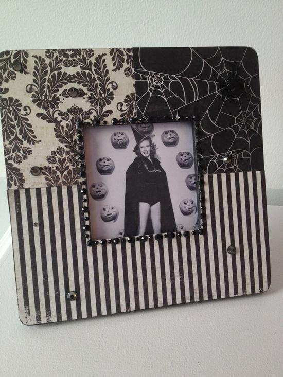 Halloween Frame - Black & White. $20.00, via Etsy.