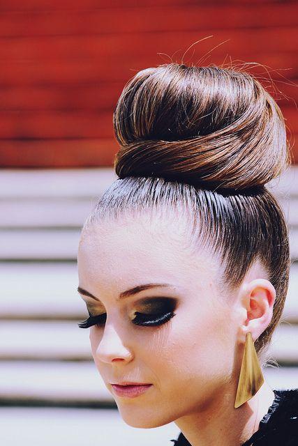 Love the bun:)