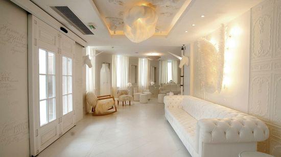Vice Versa Hotel: Interior Design by Chantal Thomas - Paris
