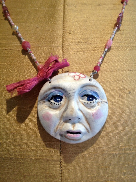 Moon Fairy Beaded Necklace  Pink  Polymer Clay par ArtYarnYummies, $30.00