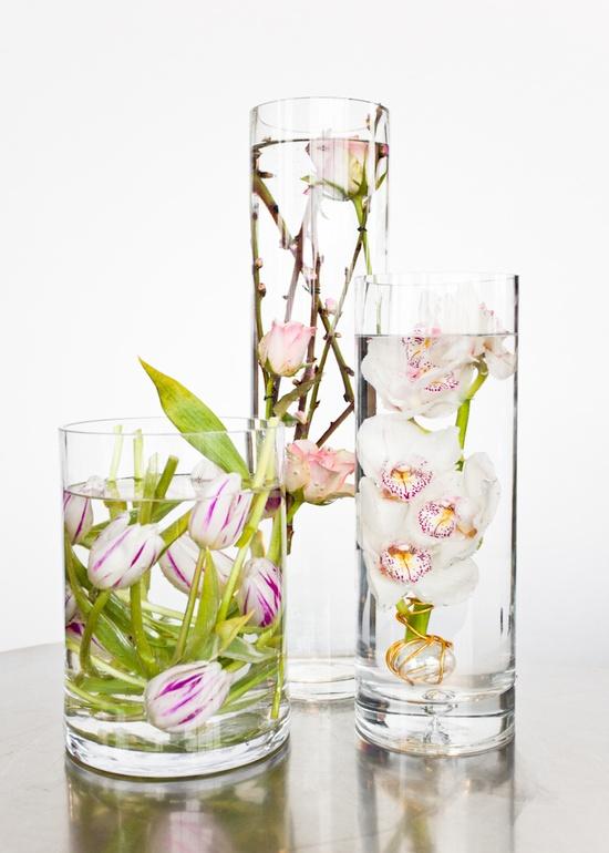 Such a cool idea for flower arrangement