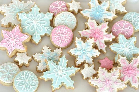 Pretty Snowflake Cookies