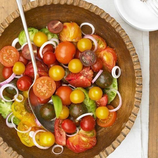 Tomato and Red Onion Salad / BHG