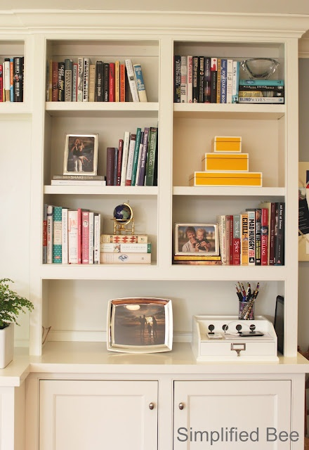 before & after bookshelf styling