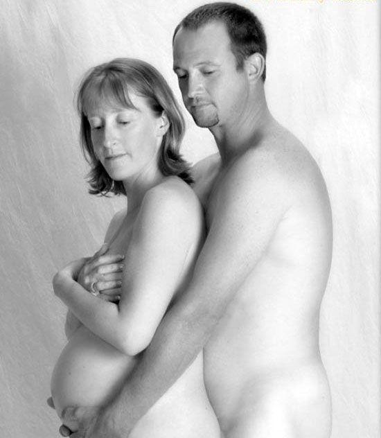 bizarre photo of couple / funny shit