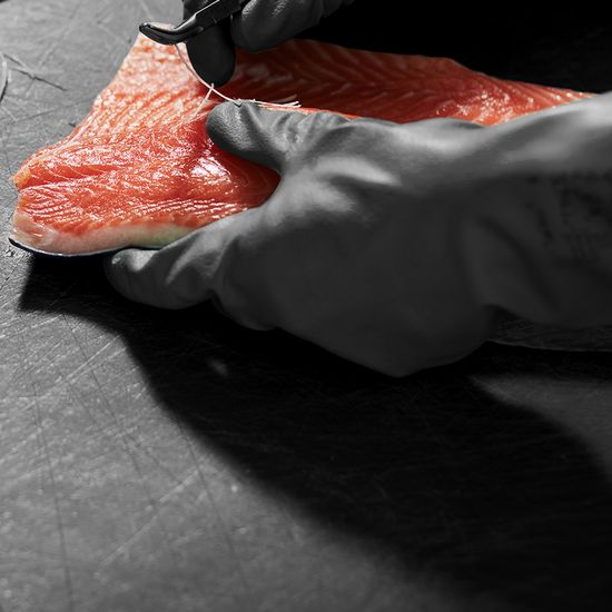 Small-scale producers like Max Bergius are reviving London's great smokehouse tradition, brought over by Jewish immigrants from Eastern Europe in the 19th century. Now 'London cure' Scottish smoked salmon is a protected ...