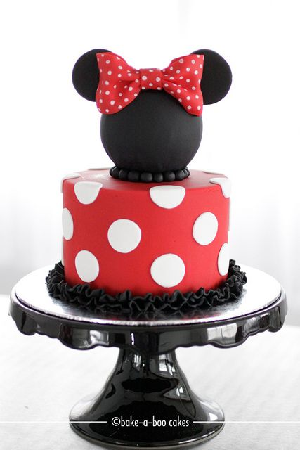 Minni mouse themed cake by Bake-a-boo Cakes NZ, via Flickr