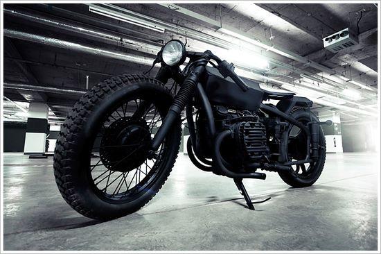 "Bandit9's Chang Jiang 750 -""Nero"" - Pipeburn - Purveyors of Classic Motorcycles, Cafe Racers & Custom motorbikes"