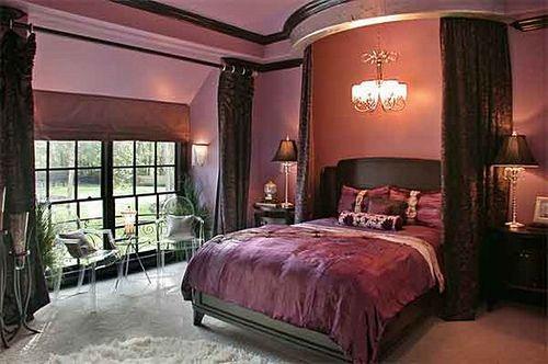 Dark pink bedroom