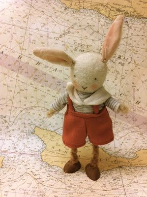 Felt bunny, in overalls! That's it, cutest craft ever, internet over.
