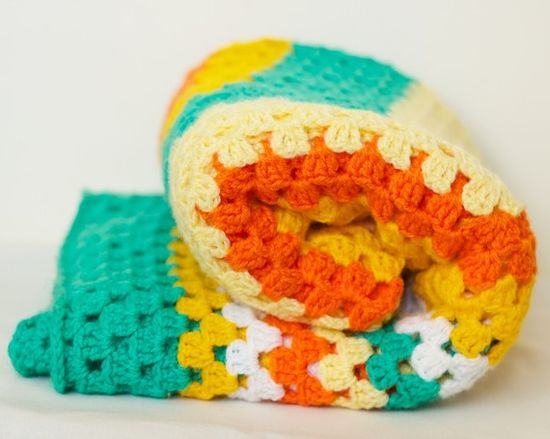 Vintage crocheted blanket...those summertime happiness! :)