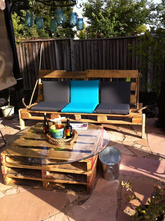 Pallet Furniture in your Backyard