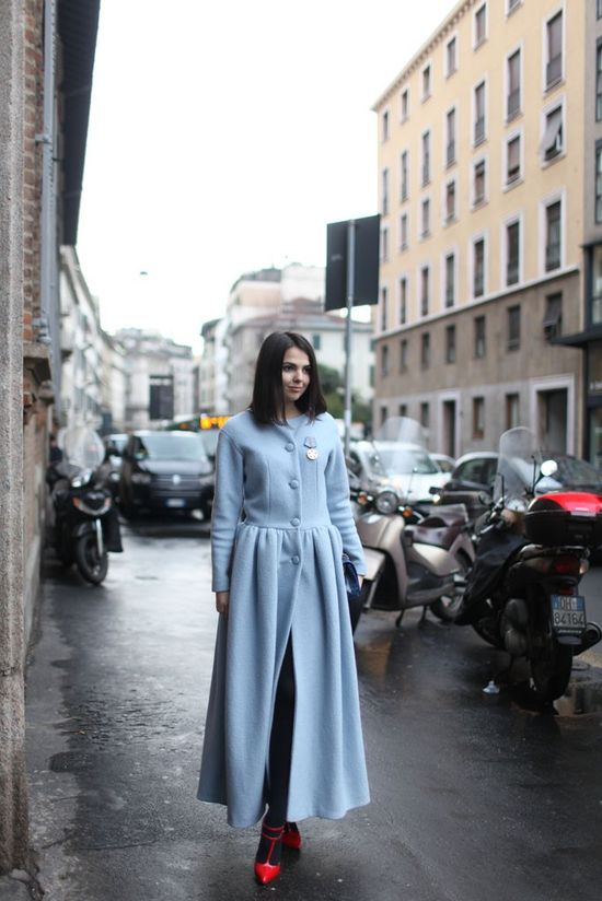 #DoinaCiobanu and her pale blue topper. Milan. #MFW #TheGoldenDiamonds