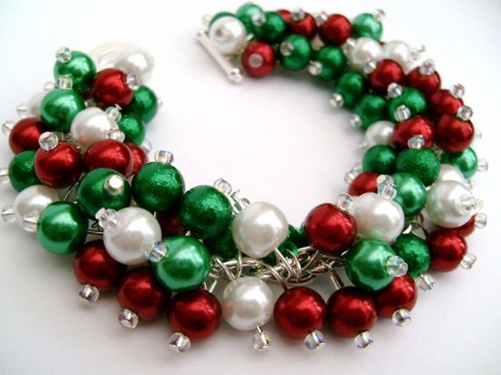 Christmas Jewelry, Bracelet, Pearl Beaded Bracelet, Cluster Bracelet, Chunky Bracelet, Traditional Christmas. $19.00, via Etsy.