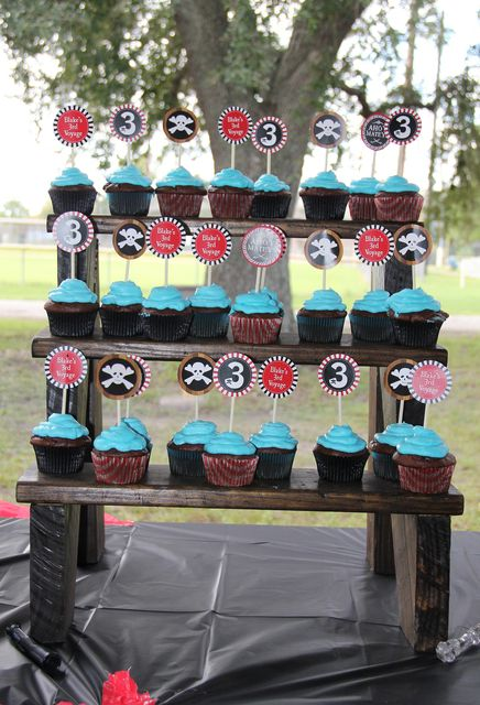 Cupcakes at a Pirate Party.  See more party ideas at CatchMyParty.com. #piratepartyideas