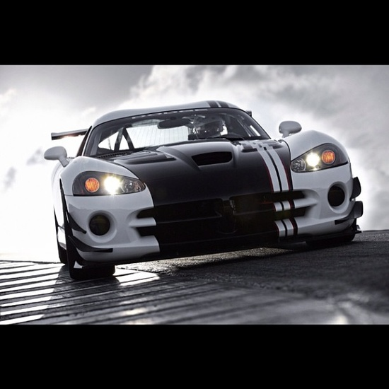 Awesome shop of this stunning Viper ACR!