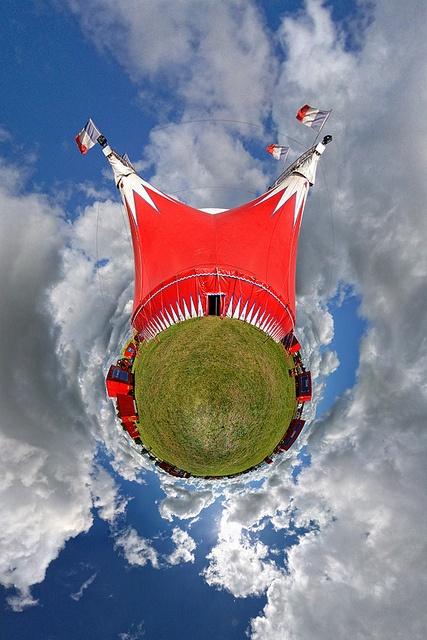 Circus Planet