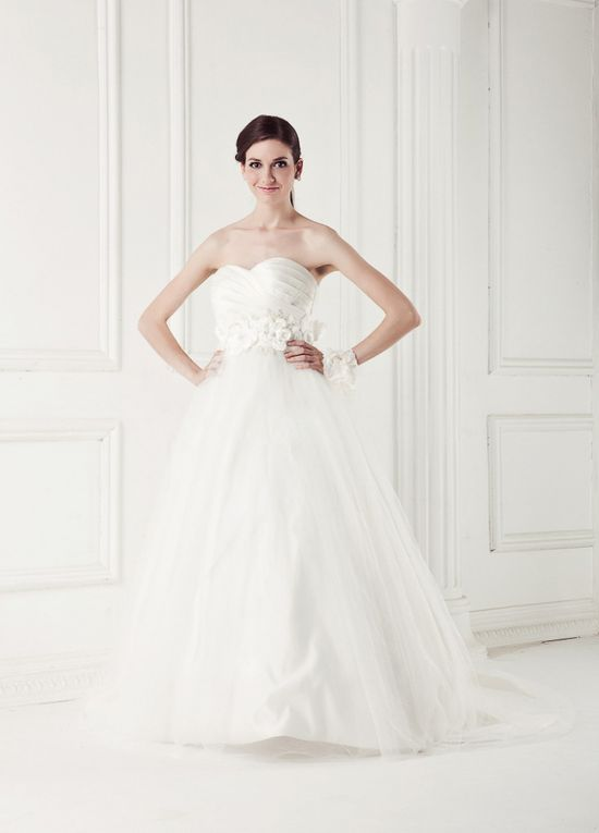 Wedding Dress Collection: I know this is a wedding dress ...