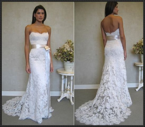 I LOVE lace wedding dresses.