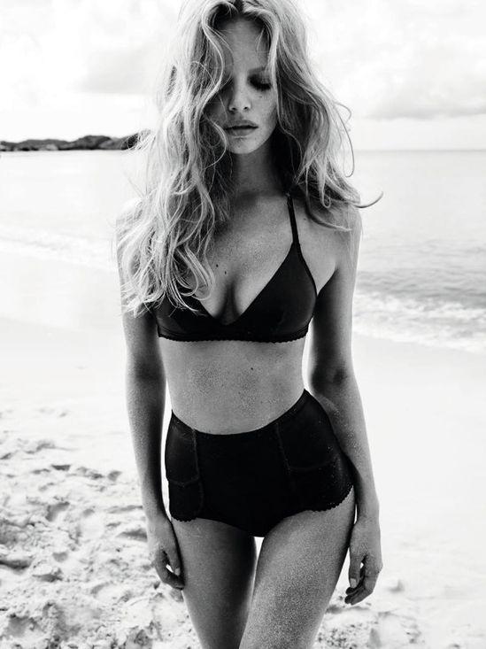 Simple Black bikini