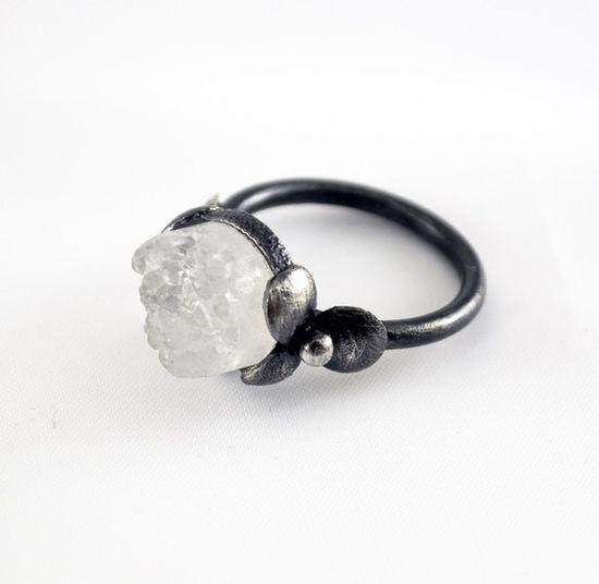 Oxidized Sterling Silver Ring White Druzy Quartz by mariagotijoyas, €79.00