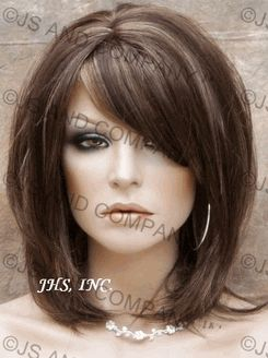 This is my next haircut! Love it and the color!