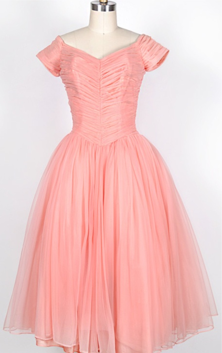? vintage 1950s dress