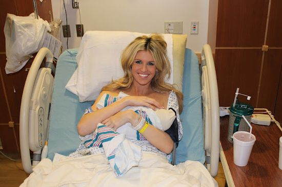 um.. yes! this girl just had a baby and she STILL looks good! her entire blog an