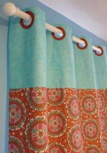 A great tutorial from @Janel Cooper Coats and Clark :) How to make a grommet fabric shower curtain using Phoomph!