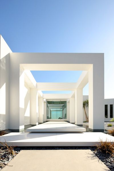 Minimalism In Modern Architecture of Beverly Hills