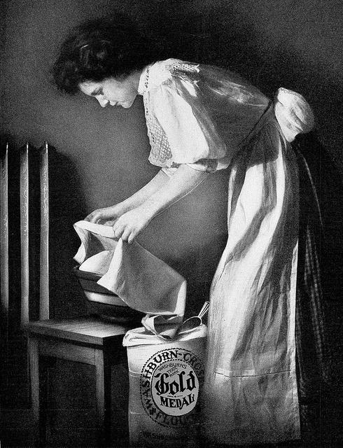Baking with Gold Medal Flour, 1910. #Edwardian #flour #food #ad