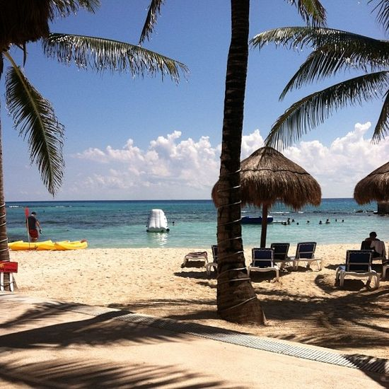 Beautiful beach shot shared by @lynn_mua