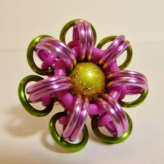Chainmaille Flower Ring - Primrose