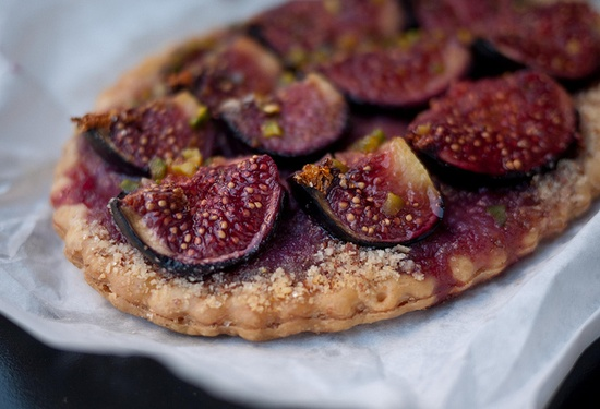 beautiful purple fig tart in Paris