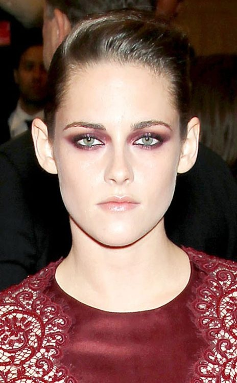 Kristen Stewart puts a spin on the classic smoky eye at the Met Gala 2013.