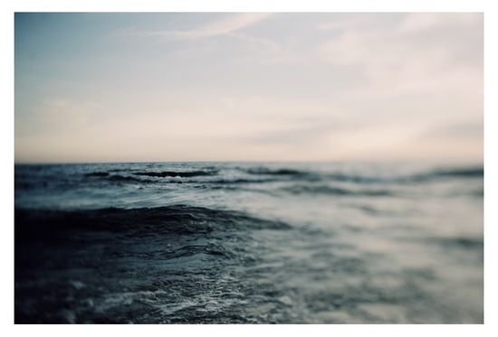 lovely use of blur (probably with a lens baby) in this ocean shot...Alicia Bock Photography