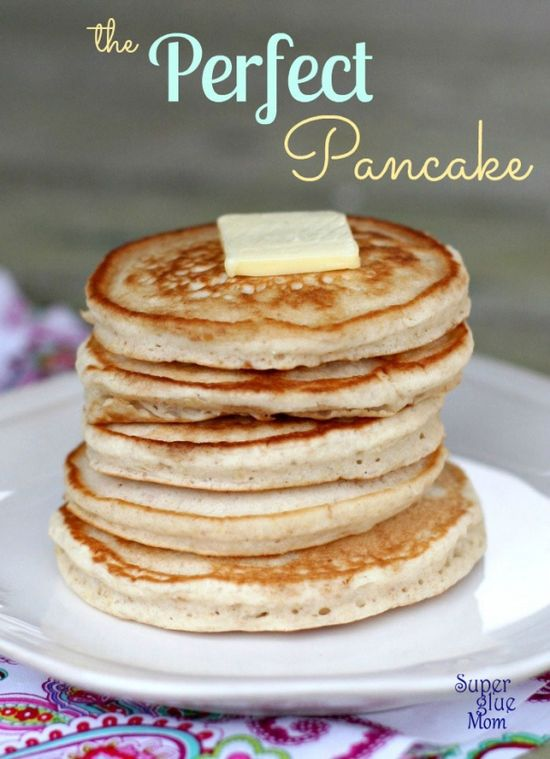 Perfect homemade pancakes from scratch. Light and fluffy. #recipes #pancakes