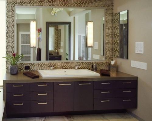 mosaic & mirror back splash