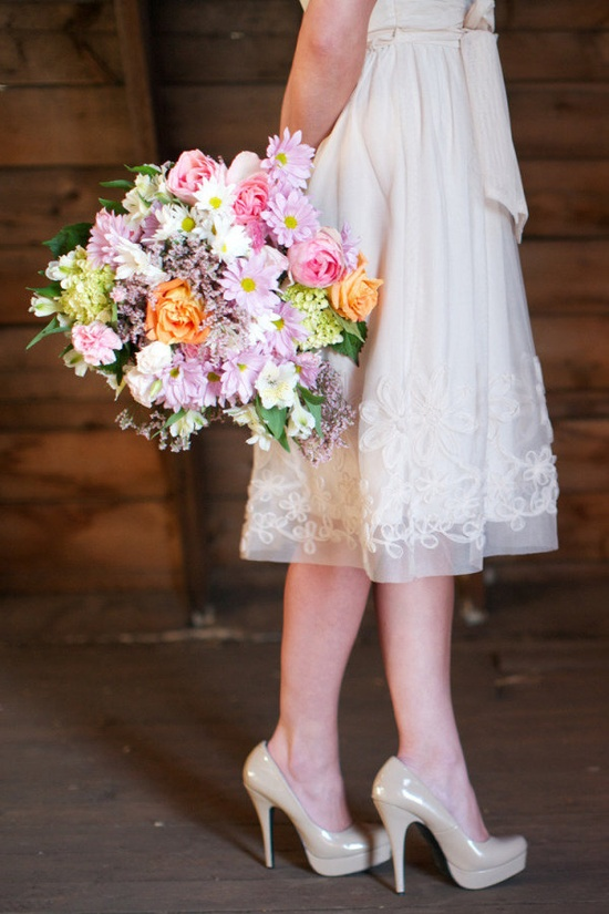 now that, friends, is a bouquet  Photography by adrianmichaelphot..., Floral Design by edenflowers.ca