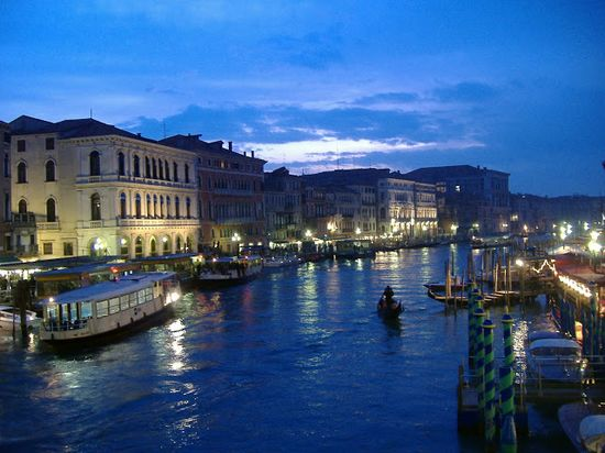 Venice, Italy - Travel Guide and Travel Info ~ Tourist Destinations