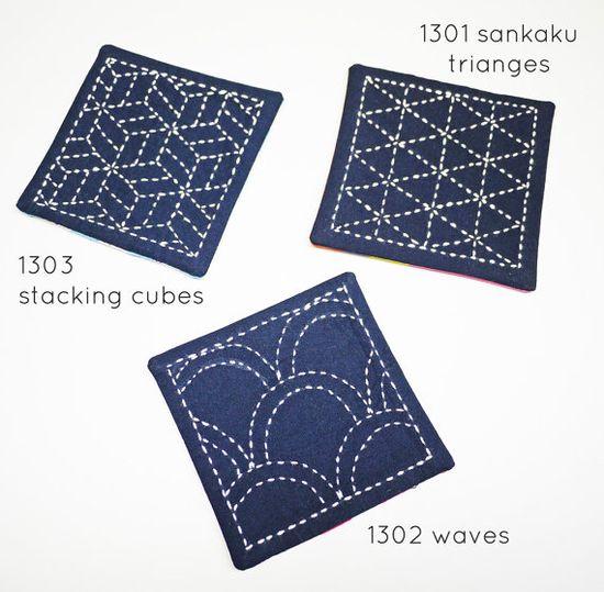 Télécharger le PDF / / modèle #1302 vagues de locéan  Ce fichier PDF comprend deux motifs de broderie sashiko pour un coordination jeu coaster et set de table, ou destinés à embellir les sacs, les vêtements ou nimporte où vous voulez beaux détails brodés.  Pour terminer le projet de sashiko, que vous aurez besoin : --Patrons PDF --transfert papier & outils de traçage --aiguille sashiko --fil sashiko --tissu de coton solide pour la couture  Pour finir comme un sous-verre ou Set de table que vo...