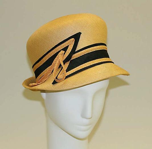 Schiaparelli hat, circa 1950